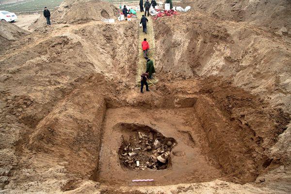 Hơn 1000 bức tượng Phật cổ được tìm thấy tại Trung Quốc - Ảnh 2