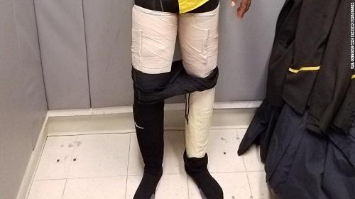 Thành viên phi hành đoàn Jamaica bị bắt khi tuồn 4kg cocaine vào Mỹ với thủ đoạn tinh vi - Ảnh 1