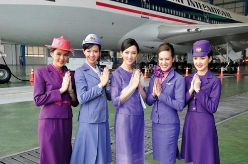 7 hãng hàng không nào có tiếp viên xinh đẹp nhất trên thế giới? - Ảnh 2