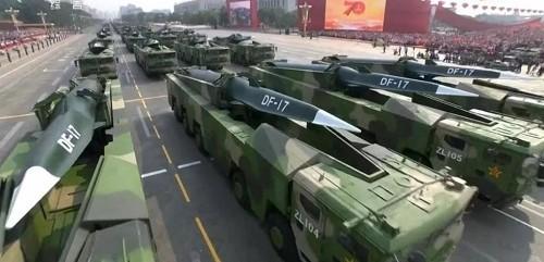 Cận cảnh dàn vũ khí tối tân trong lễ duyệt binh kỷ niệm 70 năm Quốc khánh Trung Quốc - Ảnh 11
