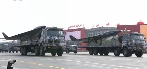 Cận cảnh dàn vũ khí tối tân trong lễ duyệt binh kỷ niệm 70 năm Quốc khánh Trung Quốc - Ảnh 7
