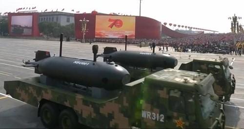Cận cảnh dàn vũ khí tối tân trong lễ duyệt binh kỷ niệm 70 năm Quốc khánh Trung Quốc - Ảnh 10