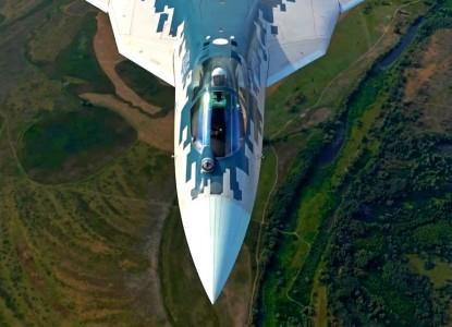 Những hình ảnh đầu tiên của chiếc Su-57 sản xuất hàng loạt - Ảnh 1