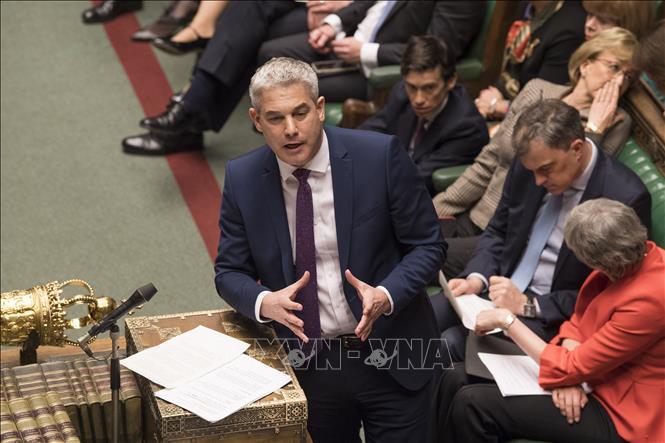 Bộ trưởng Anh hối thúc EU đàm phán lại thỏa thuận Brexit - Ảnh 1