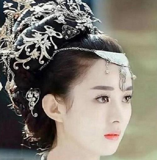 Nữ hoàng rating Triệu Lệ Dĩnh tái xuất với 5 bộ phim hứa hẹn sẽ không phụ sự kỳ vọng của người hâm mộ? - Ảnh 1