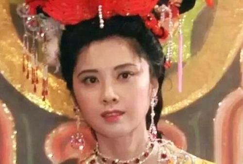 Sau 33 năm, Quốc Vương Nữ Nhi Quốc trong Tây Du Ký 86 bây giờ như thế nào? - Ảnh 4