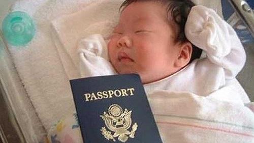 """Hé lộ thủ đoạn đưa sản phụ người Trung Quốc sang Mỹ sinh đẻ của """"bà trùm"""" 41 tuổi - Ảnh 1"""