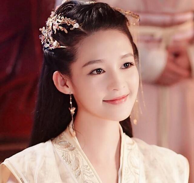 7 cô vợ nữ thần của Vi Tiểu Bảo-Trương Nhất Sơn trong tân Lộc Đỉnh Ký - Ảnh 11