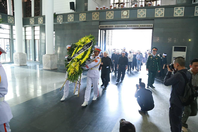Phó Thủ tướng đến viếng cụ Hoàng Thị Minh Hồ - người hiến 5.000 lượng vàng cho cách mạng - Ảnh 7