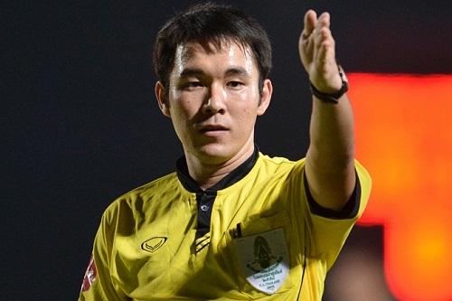 Trọng tài từng bắt trận Hà Nội - Quảng Nam bị bắt vì nghi dàn xếp tỷ số ở Thai League  - Ảnh 1