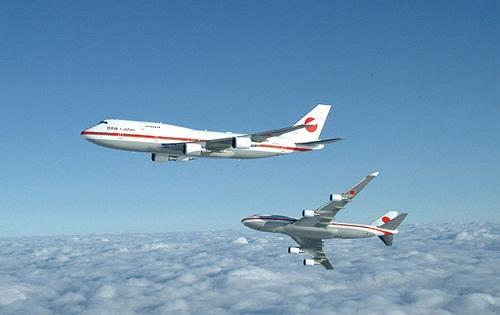 Những tiết lộ thú vị về hai chiếc Boeing 747 của Thủ tướng Nhật Bản - Ảnh 2