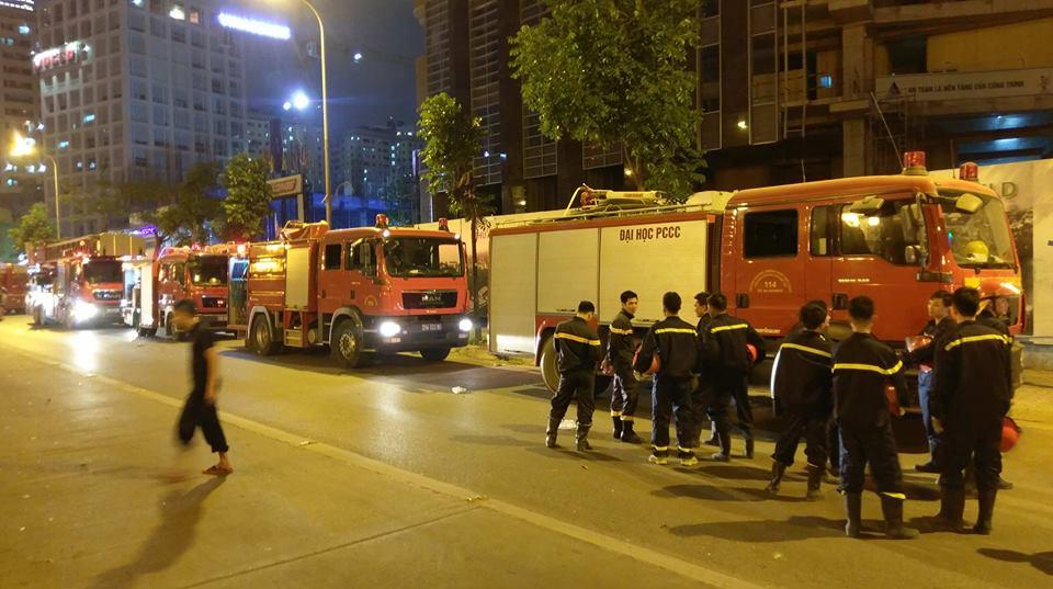 Hà Nội: Cháy lớn ở toà nhà MB Grand Tower trên đường Lê Văn Lương  - Ảnh 2
