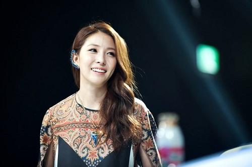 Bất ngờ trước danh sách top 10 nghệ sĩ giàu nhất Kpop - Ảnh 4
