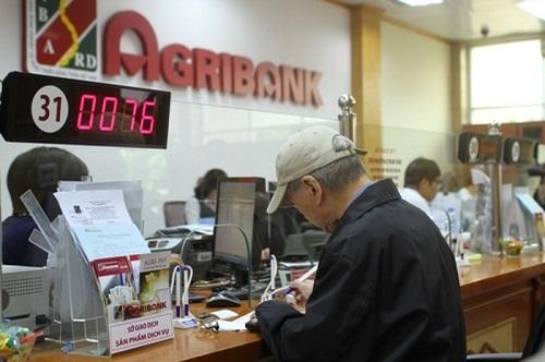 12 khách bị hack thẻ ATM, Agribank mới hoàn tiền được cho 3 người - Ảnh 1