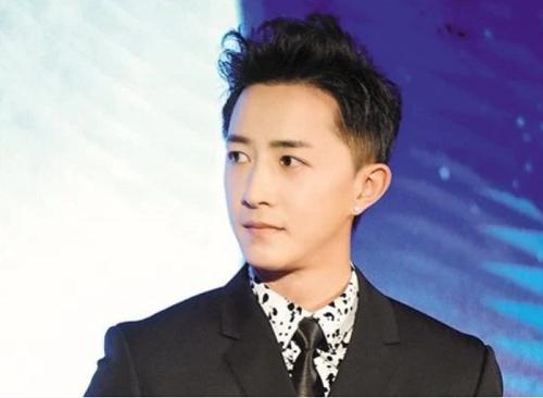Hé lộ sự nghiệp thành công của 8 Idol sau khi rời SM Entertainment  - Ảnh 3