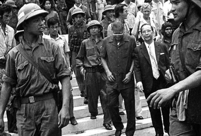 Những giờ cuối cùng trước giải phóng miền Nam 30/4/1975 - Ảnh 8