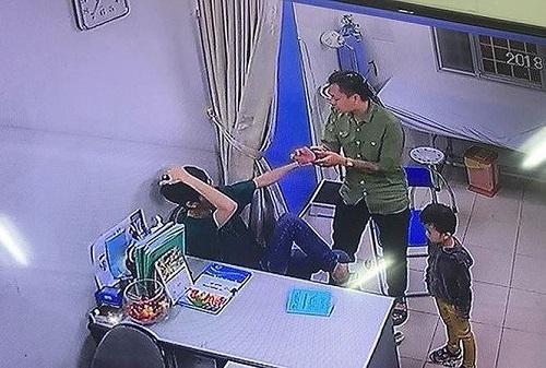 Khởi tố đối tượng hành hung bác sĩ viện Xanh Pôn - Ảnh 2
