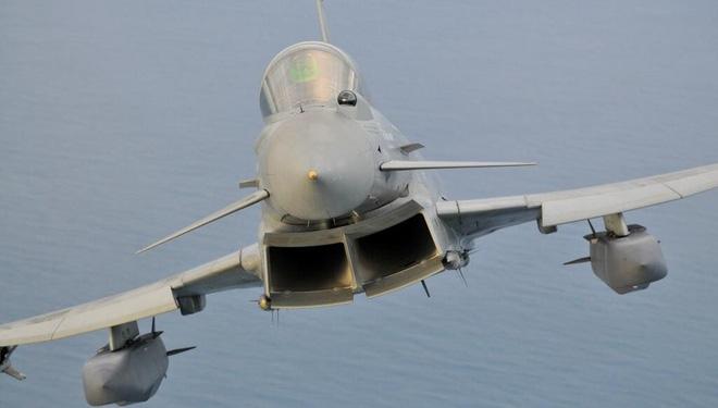 Cuộc chiến sống còn giữa S-400 của Nga và JASSM Mỹ trên bầu trời Syria - Ảnh 3
