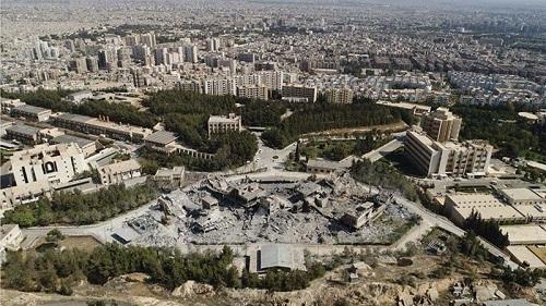 Loạt ảnh chứng minh việc Mỹ không kích thành công Syria là sai sự thật - Ảnh 2