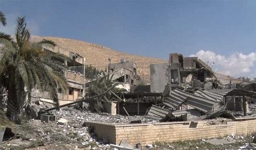 Loạt ảnh chứng minh việc Mỹ không kích thành công Syria là sai sự thật - Ảnh 5