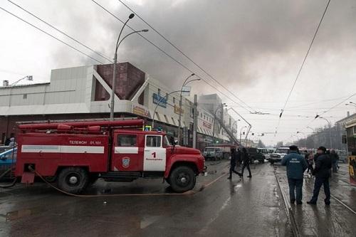 Hàng trăm tòa thương mại, sinh hoạt cộng đồng tại Nga không đạt chuẩn PCCC - Ảnh 1