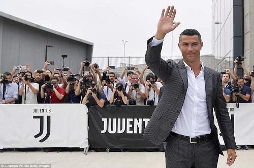 Cristiano Ronaldo đặt mục tiêu vô địch Champions League trong buổi ra mắt Juventus - Ảnh 2