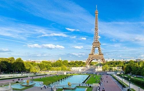 Tháp Eiffel tạm đóng cửa do nhân viên đình công - Ảnh 2