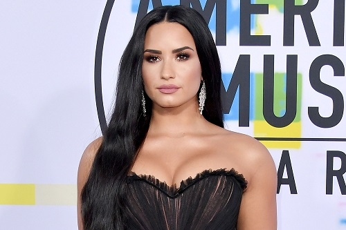 Sau sự cố sốc ma túy, Demi Lovato viết tâm thư hứa sẽ nỗ lực cai nghiện một lần nữa - Ảnh 2