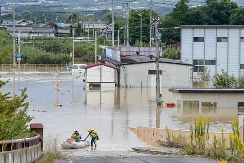 Trung tâm sơ tán Nhật Bản bị chỉ trích vì từ chối 2 người vô gia cư giữa siêu bão Hagibis - Ảnh 2