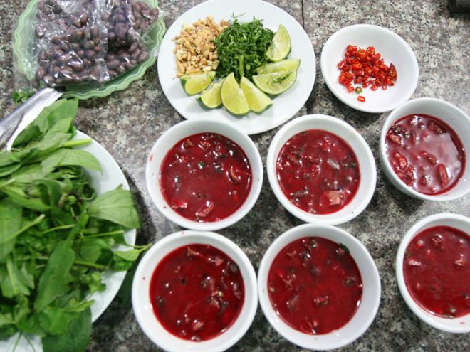 """Hãi hùng món ăn """"tươi"""" được người Việt ưa chuộng, chuyên gia khuyến cáo không nên """"liều"""" - Ảnh 2"""