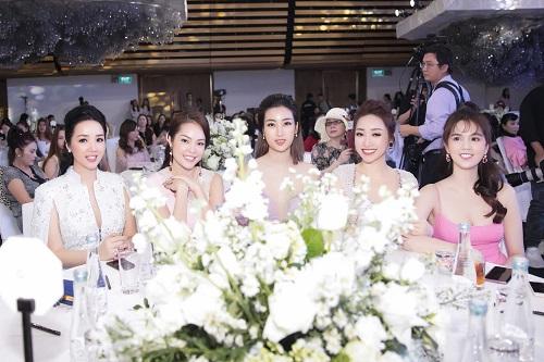 Bạn gái mới kém 16 tuổi xinh đẹp, giàu có của diễn viên Chi Bảo là ai? - Ảnh 7
