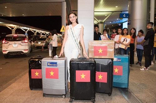 Á hậu Tường San rạng rỡ lên đường sang Nhật Bản tham dự Miss International 2019 - Ảnh 4