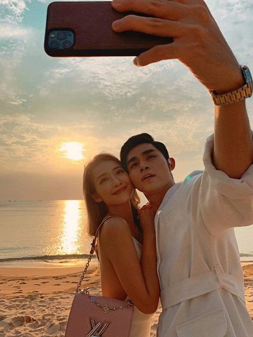 Hậu tiệc cưới của Đông Nhi - Ông Cao Thắng: Jun Phạm say quên lối về, ngủ gục trên bãi biển - Ảnh 1