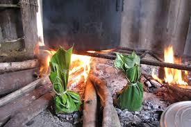 Lên Tây Bắc thưởng thức món rêu nướng độc đáo và đặc sắc của đồng bào người Thái - Ảnh 2