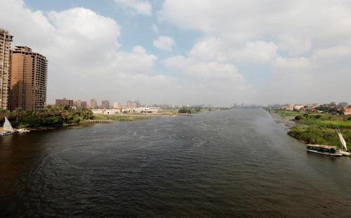 Người dân Ai Cập khó khăn vì thiếu nước trầm trọng - Ảnh 1