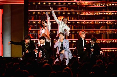 Nhóm nhạc Hàn Quốc BTS trong vụ nam sinh bị kỷ luật nổi tiếng như thế nào? - Ảnh 5