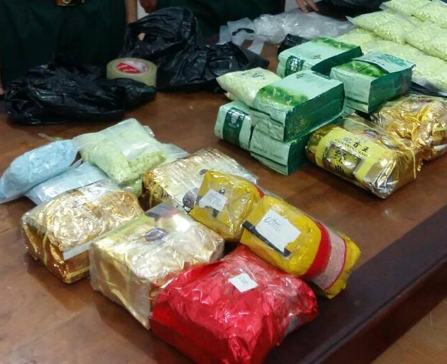 """""""Đánh sập"""" vụ vận chuyển 26,6kg ma túy từ Campuchia về Việt Nam tiêu thụ - Ảnh 2"""