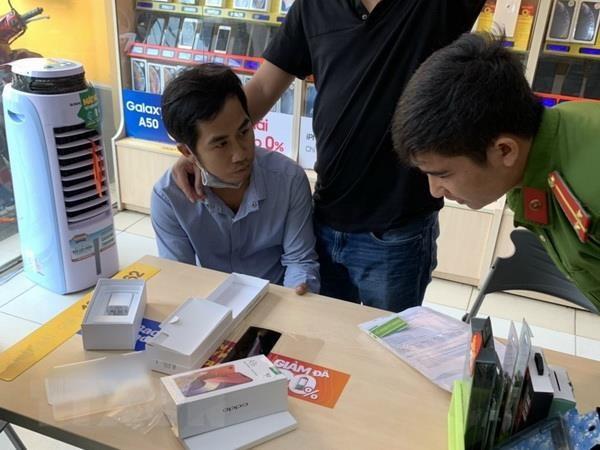 Đồng Nai: Bắt thanh niên sử dụng giấy tờ giả để mua hàng trả góp - Ảnh 1
