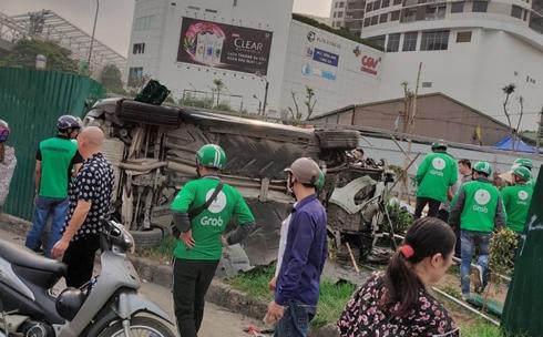 Hiện trường vụ tai nạn liên hoàn ở Hà Nội khiến 3 người nhập viện - Ảnh 5