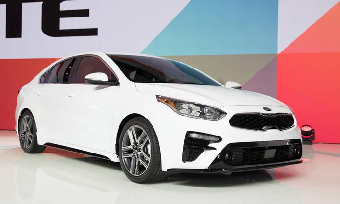 Bất ngờ mẫu ô tô bán chạy nhất tháng 4 tại Việt Nam - Ảnh 7