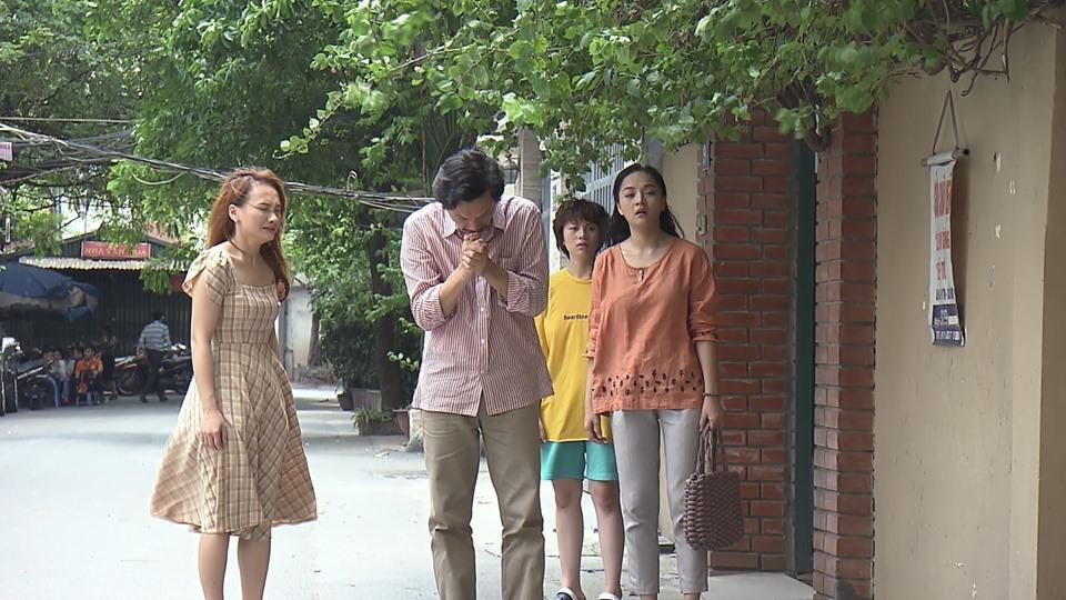 Hé lộ cảnh ông Sơn đến xin thông gia cho con gái về trong phim Về nhà đi con - Ảnh 1