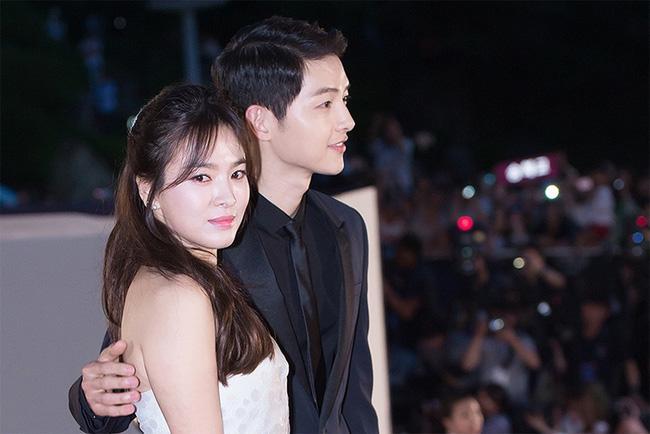 Song Joong Ki - Song Hye Kyo: Yêu nhanh, cưới vội và cuộc hôn nhân không như cổ tích - Ảnh 3