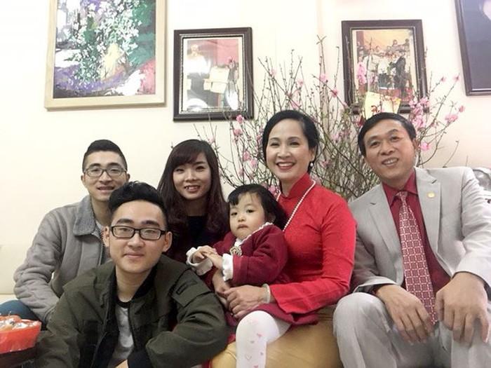 """Những bà """"mẹ chồng kiểu mẫu"""" của màn ảnh Việt sống trong đời thực thế nào? - Ảnh 5"""