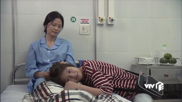 Phim Về nhà đi con tập 74: Dương tỏ tình với cô Hạnh hộ bố Sơn - Ảnh 5