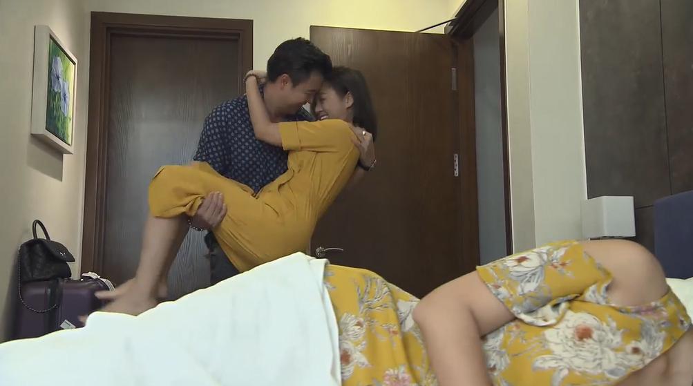 Phim Về nhà đi con ngoại truyện tập 3: Thư muốn ôm cu Bon chạy theo tình cũ - Ảnh 3