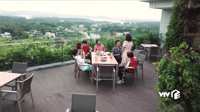 Phim Về nhà đi con ngoại truyện tập 5 (tập cuối): Thư tiếp tục mang bầu, Quốc quỳ gối cầu hôn Huệ - Ảnh 6