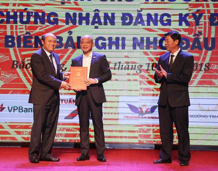 Tập đoàn FLC cam kết đầu tư lớn nhất tại Bắc Giang - Ảnh 3