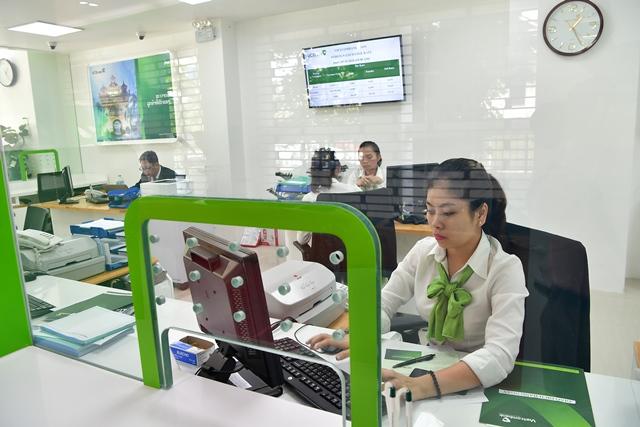 Vietcombank Lào: Thuận lợi, thách thức và triển vọng phát triển - Ảnh 2