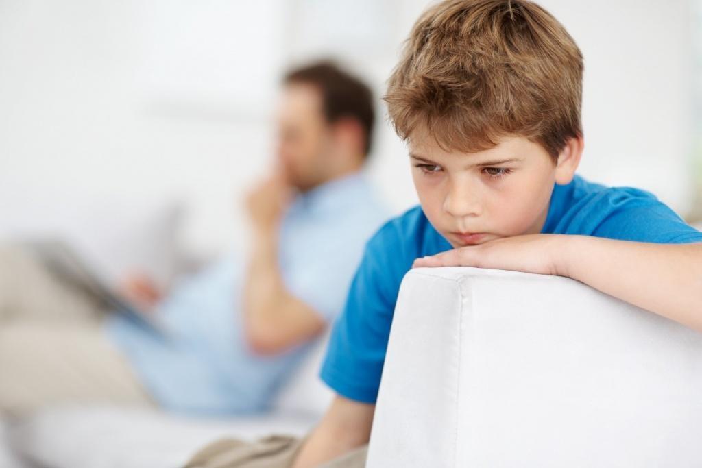 8 triệu chứng trẻ tự kỷ mà cha mẹ không thể không biết - Ảnh 3