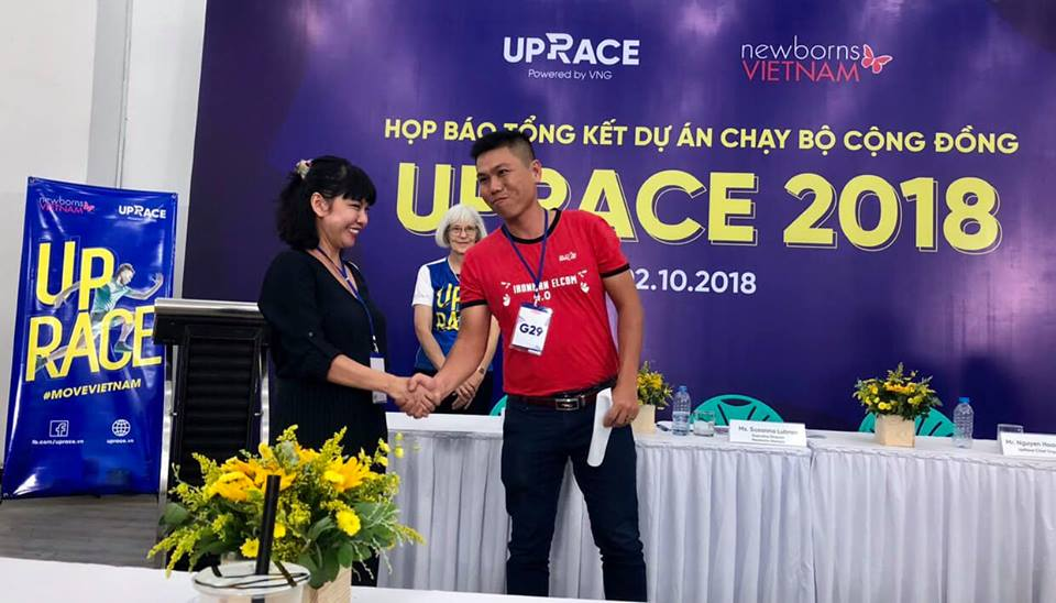 Techcombank đóng góp hơn 1 tỷ đồng từ thiện tới quỹ Newborns Vietnam - Ảnh 1